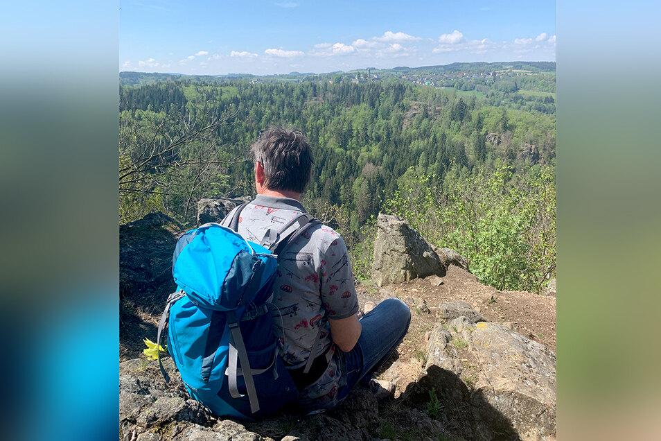 Wandern mit schöner Aussicht im Frankenwald.
