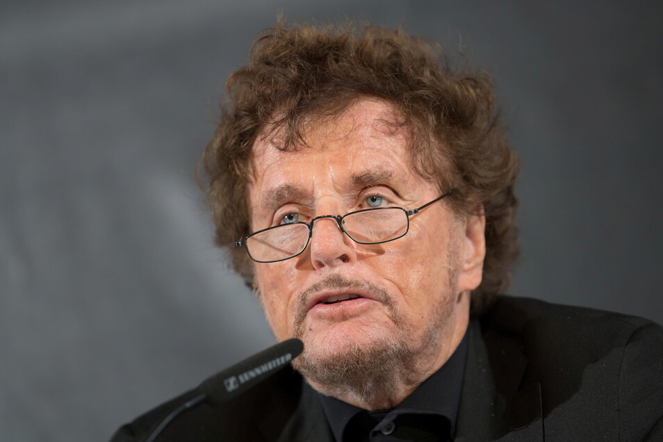 Die Staatsanwaltschaft München I hat Anklage gegen Regisseur Dieter Wedel wegen des Verdachts der Vergewaltigung erhoben. Wedel bestreitet die Vorwürfe.