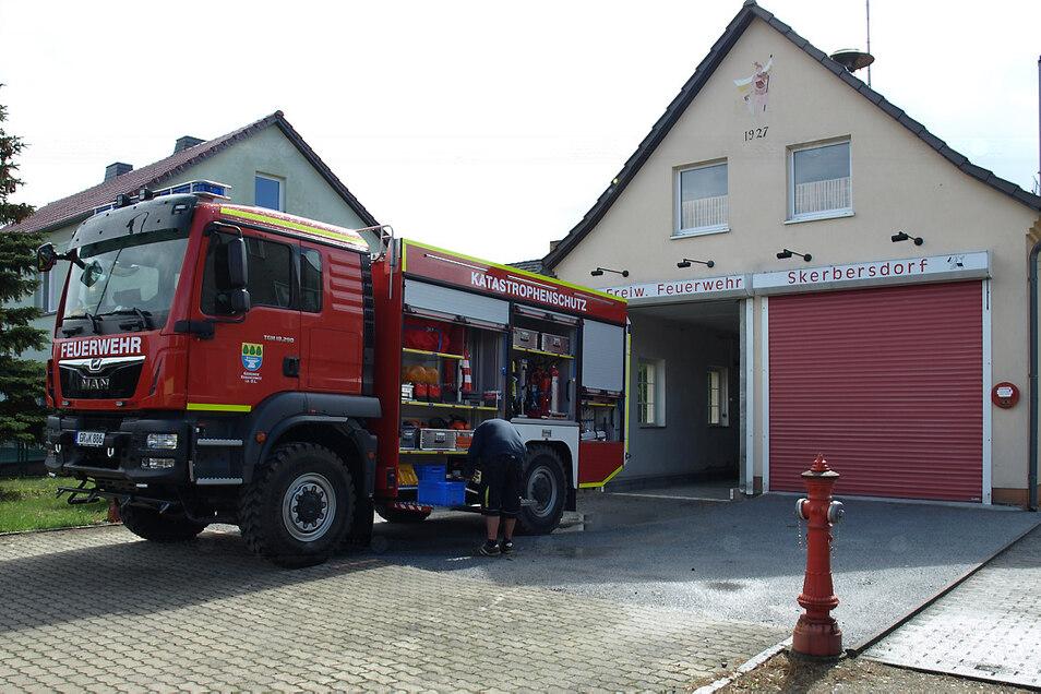 In Skerbersdorf wird das alte Gerätehaus durch einen Neubau ersetzt.