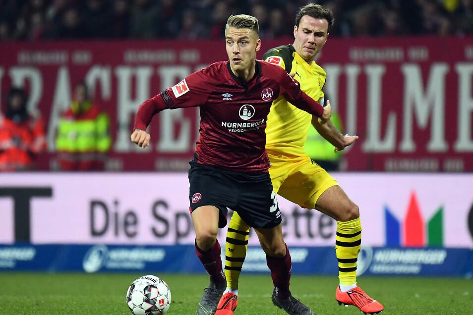 Ondrej Petrak (l.) hat für den 1.FC Nürnberg auch 33-Mal in der Bundesliga gespielt, unter anderem gegen Borussia Dortmund mit Mario Götze.