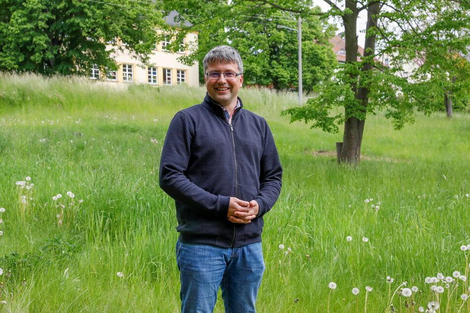 Auch diese Grundstücke an der Scheringerstraße gegenüber der Grundschule bietet die Gemeinde Oderwitz als Bauland an, berichtet Bürgermeister Cornelius Stempel.