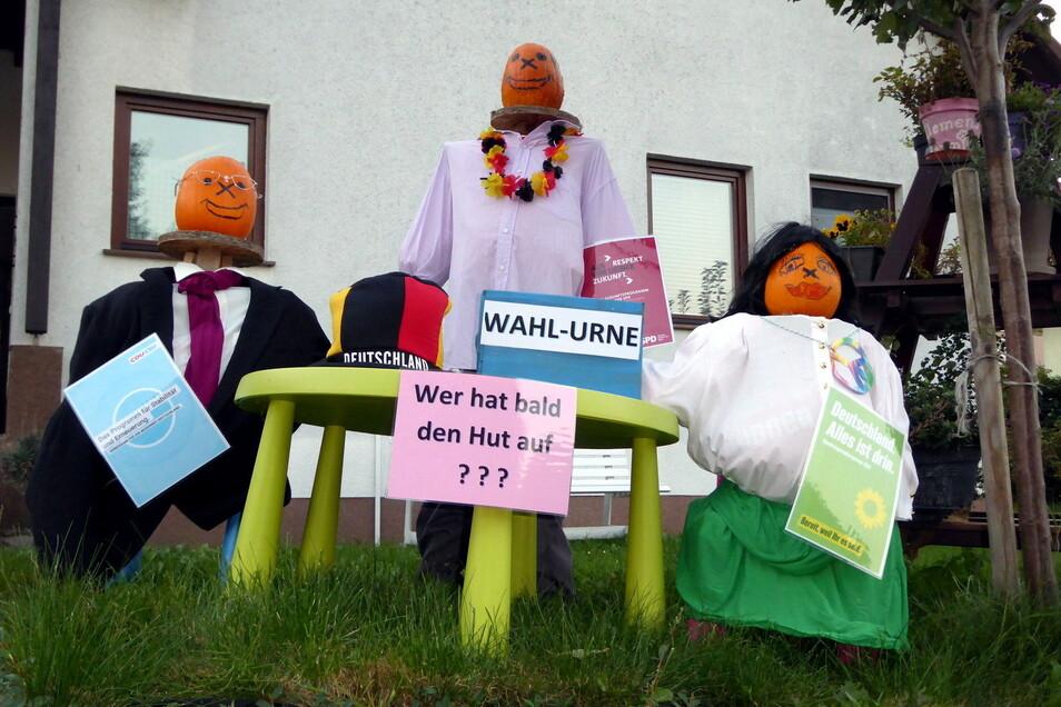 Und auch die bevorstehende Bundestagswahl regte einen Ludwigsdorfer für eine Kürbisdekoration an.