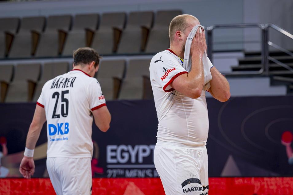 Enttäuschte Verlierer. Kai Häfner wendet sich ab. Paul Drux versteckt sein Gesicht.