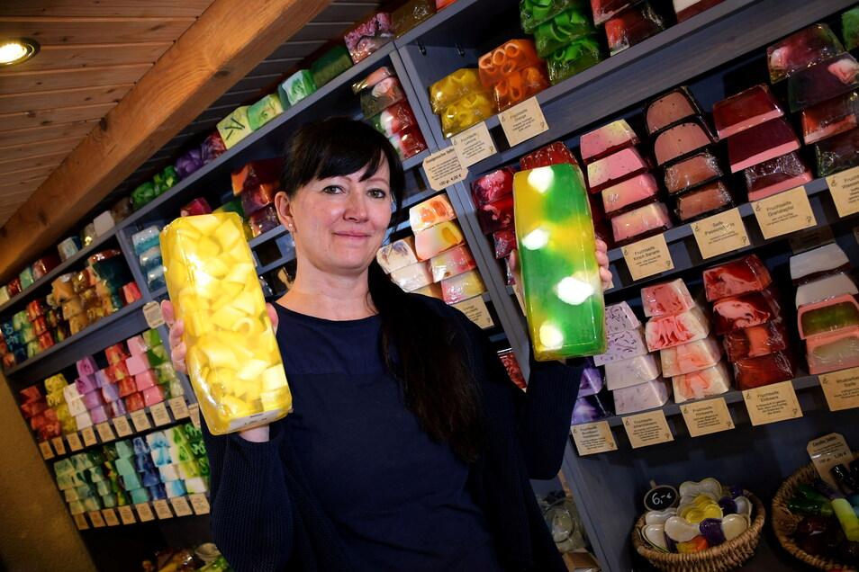 """Mit Ihrer Seifenmanufaktur ist Kerstin Schmiedel-Zimmermann aus Marbach auf der Plattform """"Kauf regional"""" vertreten."""