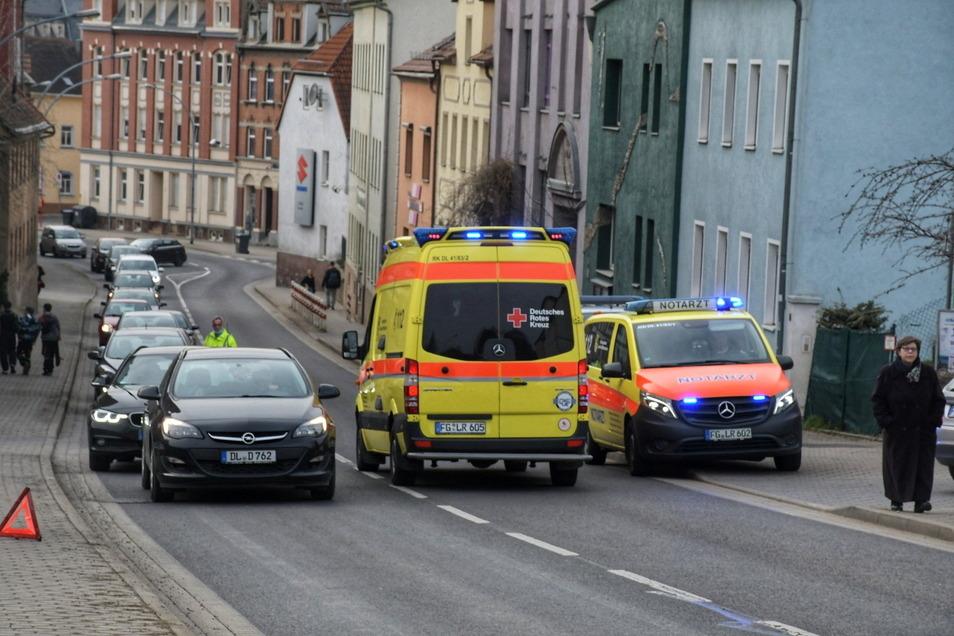 Die Unfallstelle an der Dresdner Straße. Nach Angaben der Polizei war das Kind von rechts plötzlich über die Straße gelaufen.