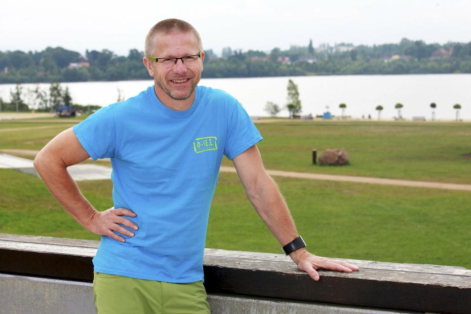 Klaus Schwager gehört zu den fünf Gründern der O-See Challenge. Seither ist er der Organisationschef. Ihm ist es zum großen Teil zu verdanken, dass am Fuße des Zittauer Gebirges in diesem Jahr die Cross-Triathlon-Europameisterschaft stattfindet.