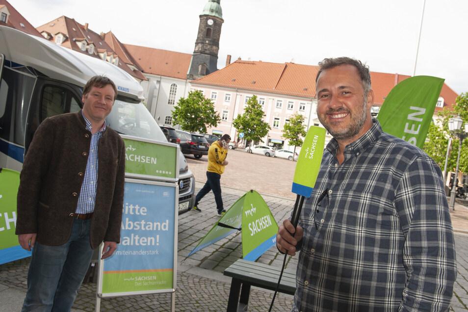 MDR-Morgenmoderator Sylvio Zschage sendete am Donnerstag live aus Großenhain. Und war auch im Gespräch mit Oberbürgermeister Sven Mißbach.