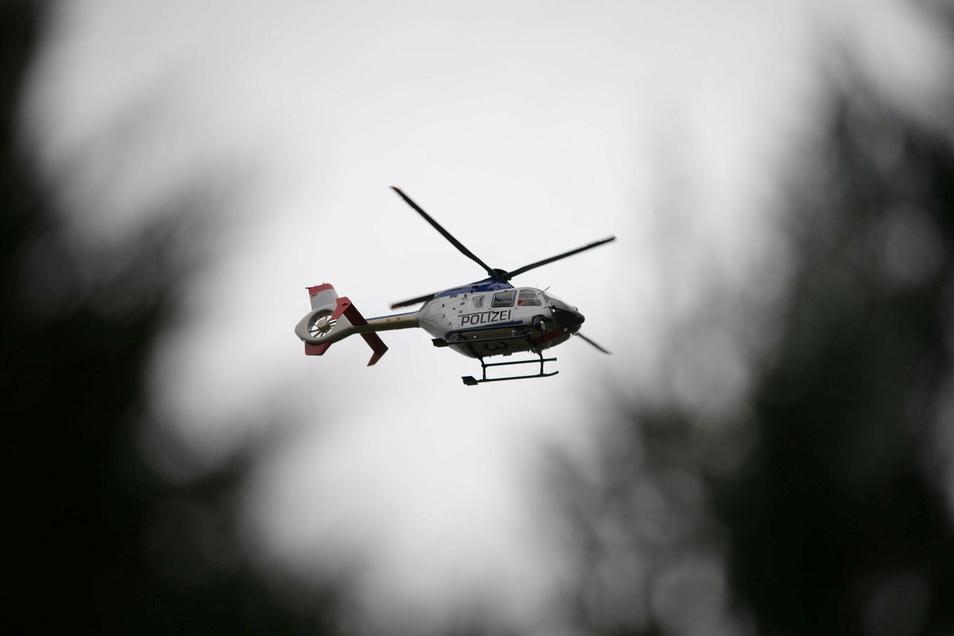 Hubschrauber über Görlitz. Auch am Boden wurde nach dem verschwundenen Mann gesucht - und er wurde gefunden.