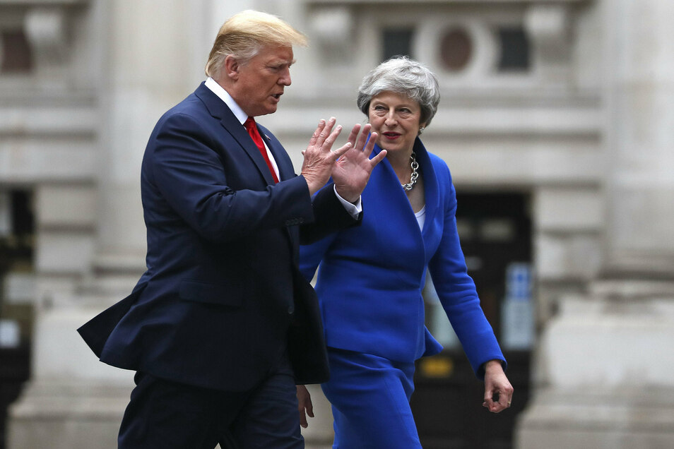 """Trumps """"bösartigste Angriffe"""" sollen auch der damaligen britischen Premierministerin Theresa May gegolten haben."""