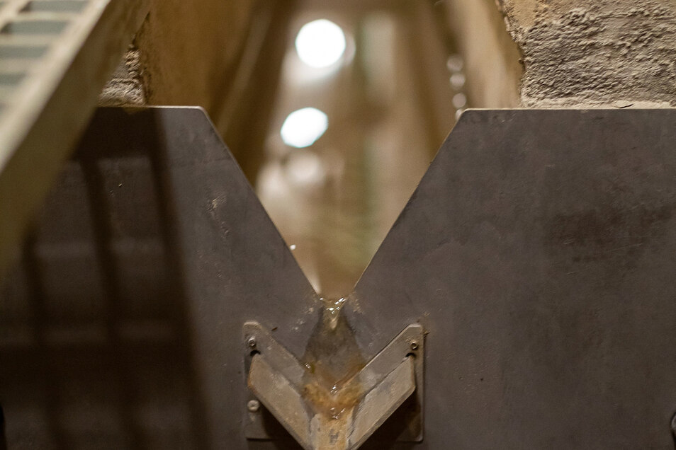 Harmloses Sickerwasser: 0,006 Liter dringen pro Sekunde in die gesamte Mauer ein.