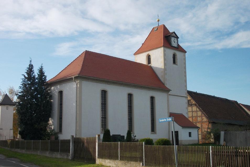 Die Kirche in Tellschütz nach dem Wiederaufbau.