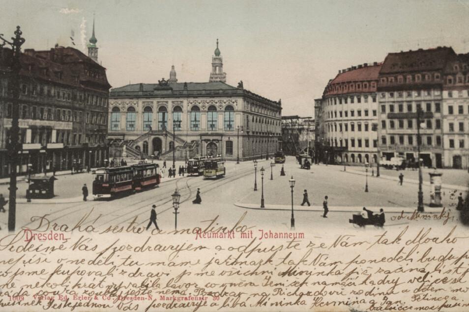 Das Weigelsche Haus (rechts im Bild) war schon früher prägend für den Neumarkt. Als Leitbau blieb er bei der Rekonstruktion des QF erhalten. Seine Geschichte reicht bis ins 17. Jahrhundert zurück.