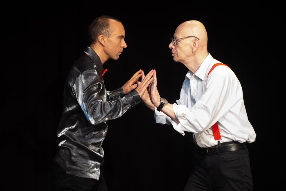 Michael Meinel (links) hat das Mimenstudio mit 19 Jahren entdeckt, jetzt hat der 45-Jährige die Leitung von Ralf Herzog (rechts) übernommen - seinem früheren Lehrer.