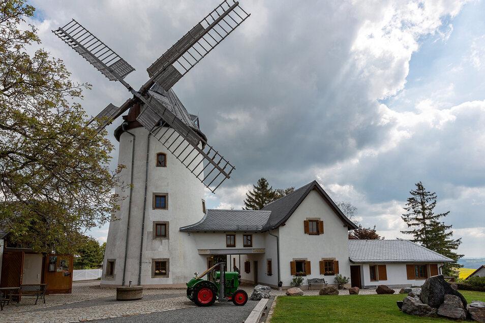 Die Possendorfer Windmühle empfängt am Pfingstmontag Gäste im Außengelände.