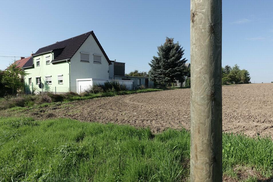 Im Döbelner Ortsteil Pommlitz soll am Roten Kreuz ein neuer Spielplatz entstehen.