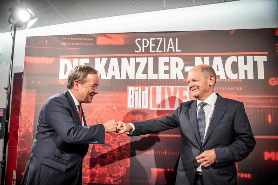 Der neue TV-Sender Bild startet mit der Kanzlernacht, bei der zunächst Armin Laschet und später Olaf Scholz befragt werden.