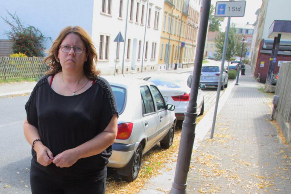 Am Niedergraben in Radeberg hatte Diana Schietzel ihren Skoda Octavia abgestellt. Vergangene Woche wurde er gestohlen.