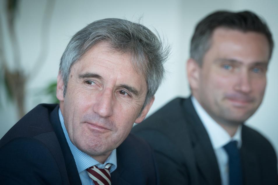 Parteilose Kandidaten wie Frank Richter (vorn), der von der SPD in das Rennen um ein Direktmandat bei der Landtagswahl geschickt wird, haben es schwer, sagt der Politikwissenschaftler Dr. Benjamin Höhne. Ihn würde nicht wundern, wenn Richter auch noch in