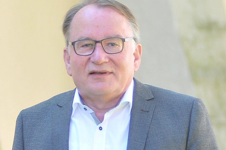 """Thomas Gey soll für die SPD in den Kreistag einziehen, als Nachrücker. Die Linkspartei sieht in den Debatten darum ein """"Scheingefecht""""."""
