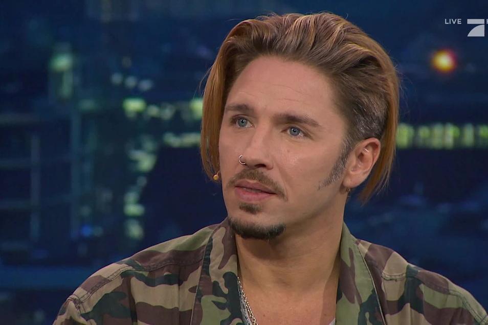"""Am Montagabend erklärte Ofarim noch in der TV-Sendung """"Zervakis & Opdenhövel. Live"""", dass er sich selbst zur Zielscheibe gemacht habe, indem er vergangene Woche den Vorfall publik gemacht hatte."""