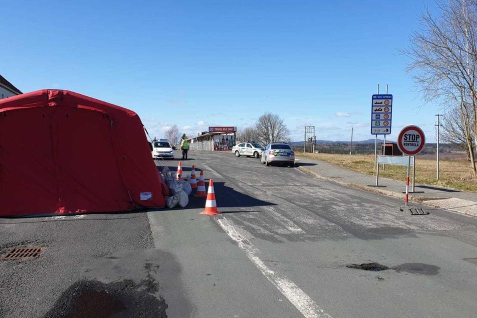 Offen: Grenzübergang Neugersdorf/Jirikov (offen für Pendler, Diplomaten, Rettungskräfte)