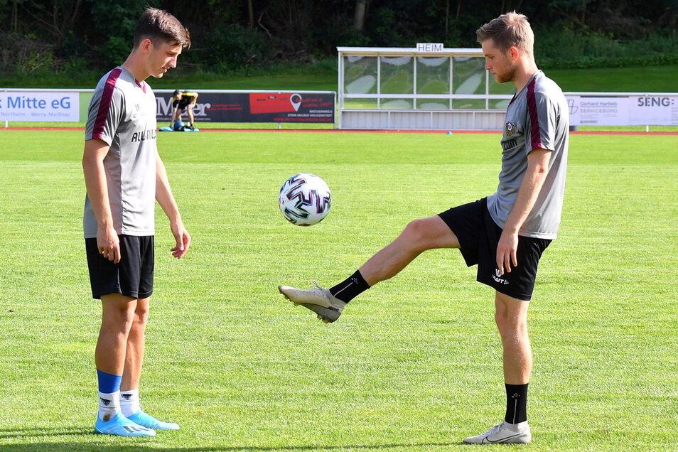 Das Foto stammt aus der Saisonvorbereitung, lange konnten Jonathan Meier (l.) und Patrick Weihrauch bei Dynamo nicht gemeinsam trainieren.