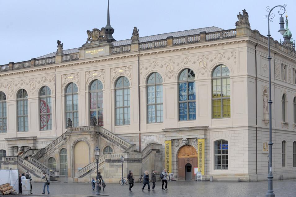Das Dresdner Johanneum: Immer wieder wird über einen Umzug des dort beheimateten Verkehrsmuseums geredet.
