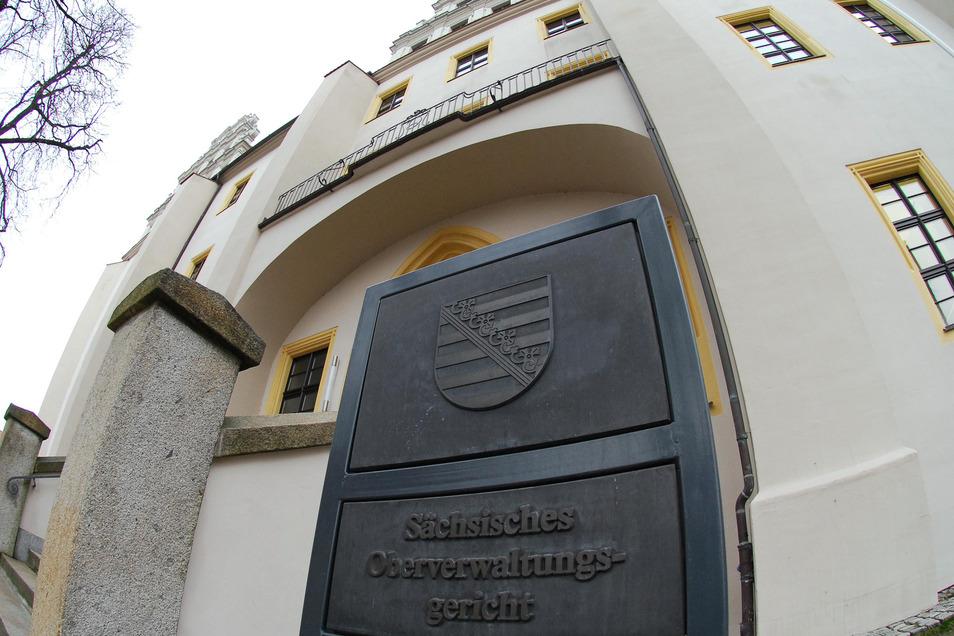 Das Oberverwaltungsgericht in Bautzen muss für sein Urteil zur Leipziger Demo viel Kritik einstecken.