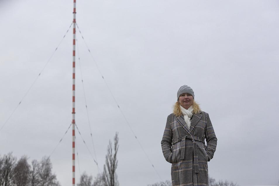 Sabine Neumann kämpft mit mehreren Mitstreitern um den Erhalt der Wilsdruffer Riesenantenne.