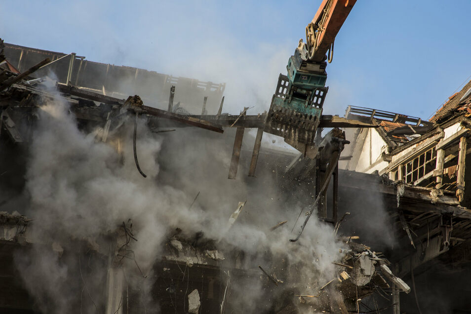100 Jahre Industriegeschichte zerfallen zu Staub: Freitals Lederfabrik wurde 2019 abgerissen.