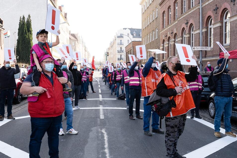Mit einem Warnstreik forderten im März die Beschäftigten des Görlitzer Turbinenwerkes von Siemens Energy Sicherheit für ihre Jobs.
