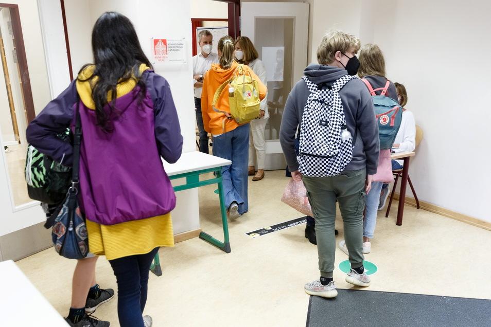 Auch im Landkreis Görlitz haben diese Woche die Impftermine an den Schulen begonnen.