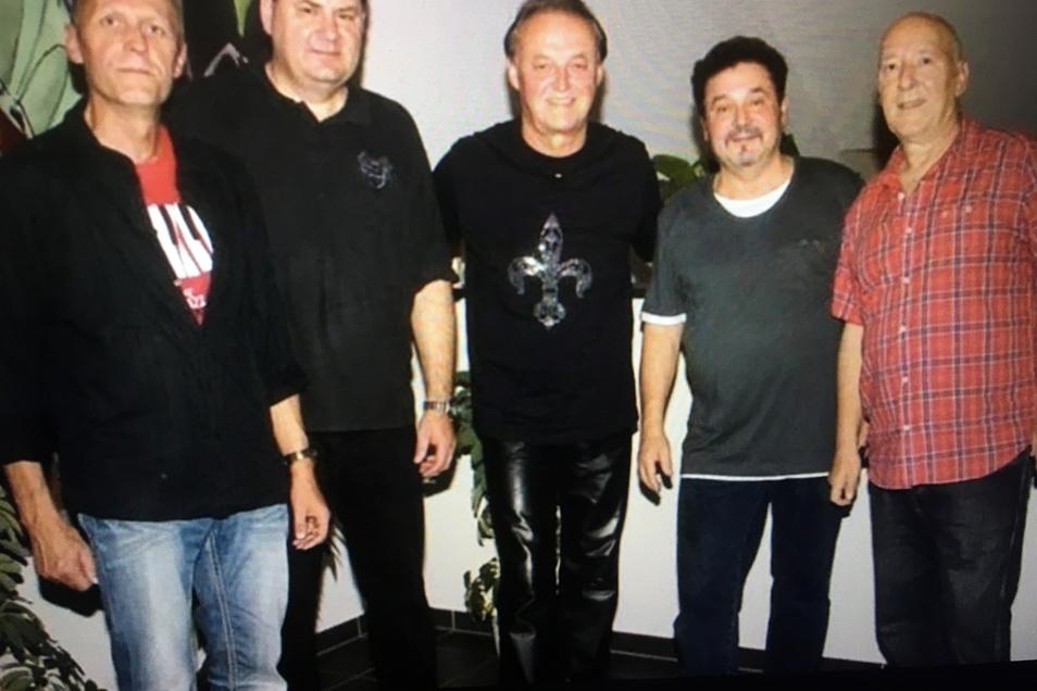 Die Albert-Haus-Band rockt zum Abschluss am 30. Juli die Bühne auf der Festwiese. Sie starten nach ihrem Abschied 2016 nun ein Comeback.