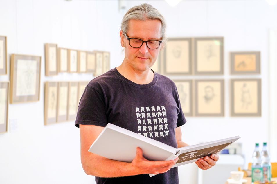 Die neue Sonderausstellung im Käthe-Kollwitz-Haus hat der Moritzburger Zahnarzt und Enkel des Malers, Alexander Krjukow, zusammengestellt.