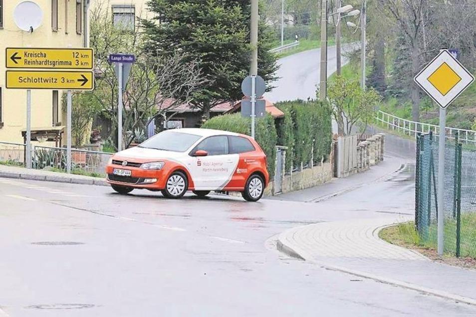 Auch in Cunnersdorf an der Langen Straße ist das Tempo-Schild weg.