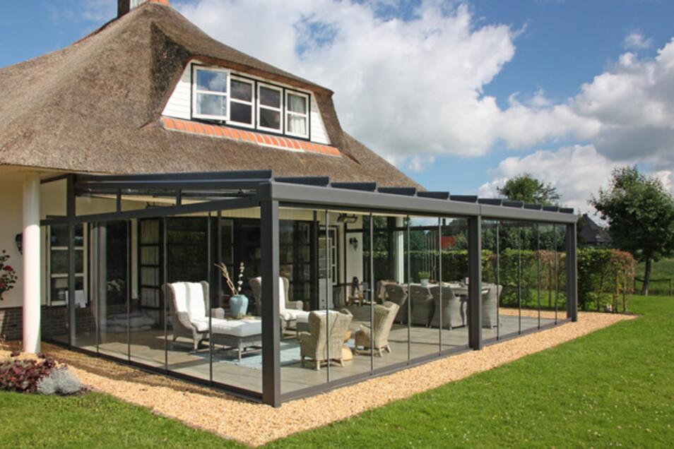 Für jedes Haus findet die Schatteria eine passende Sonnenschutz-Lösung. Foto: PR