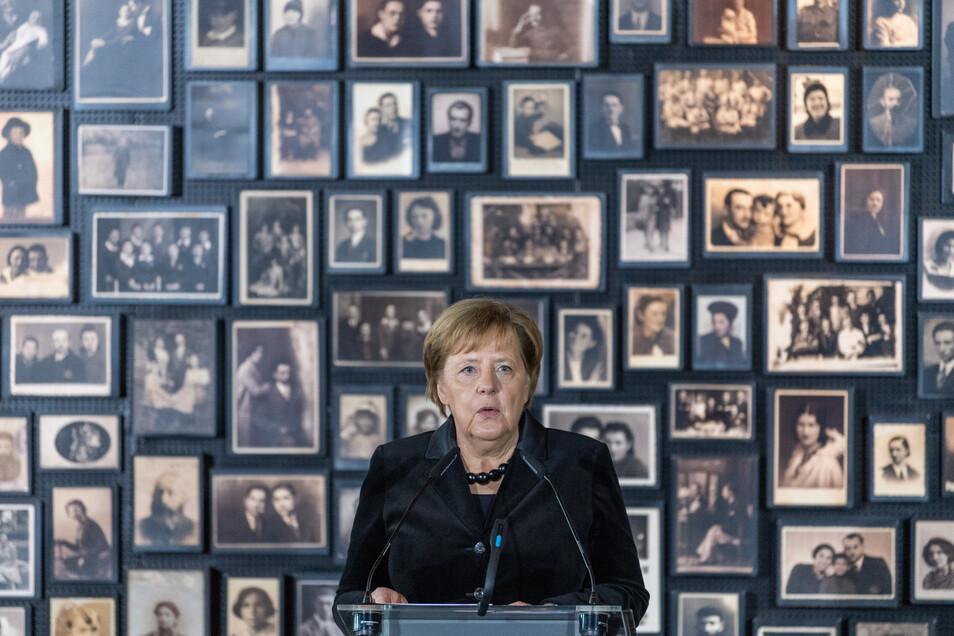 Erst im 14. Amtsjahr besucht Merkel das Konzentrationslager Auschwitz.