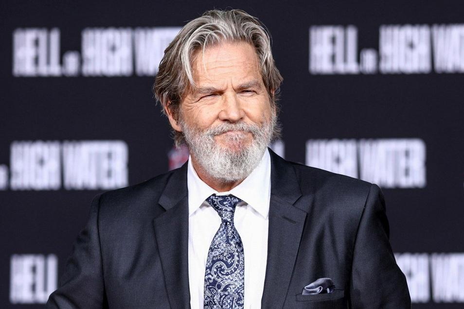 So kennt man Schauspieler Jeff Bridges. Auf Instagram zeigte sich der 71-Jährige nun mit Glatze.