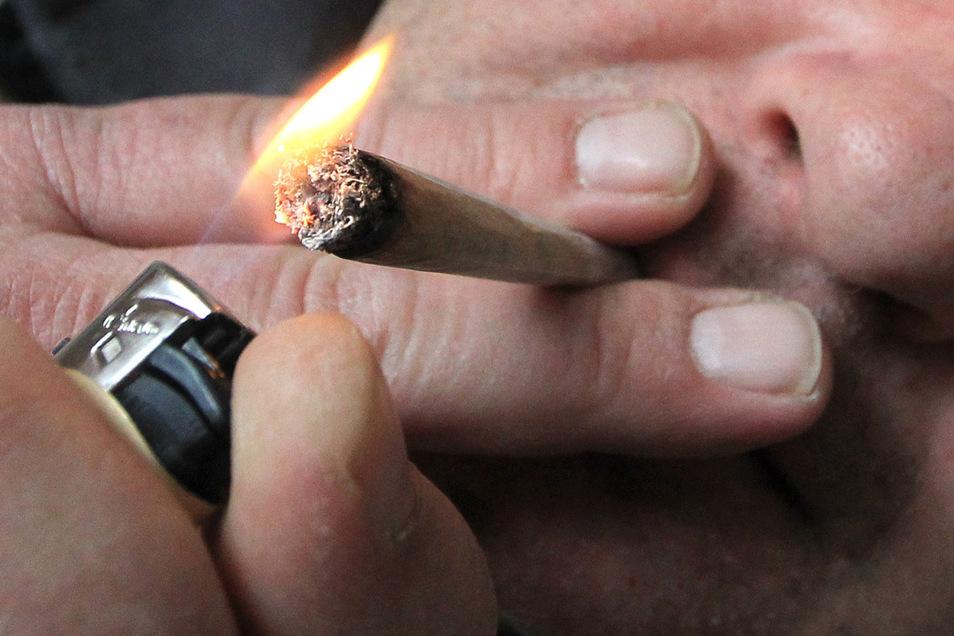 Cannabis wird häufig geraucht.