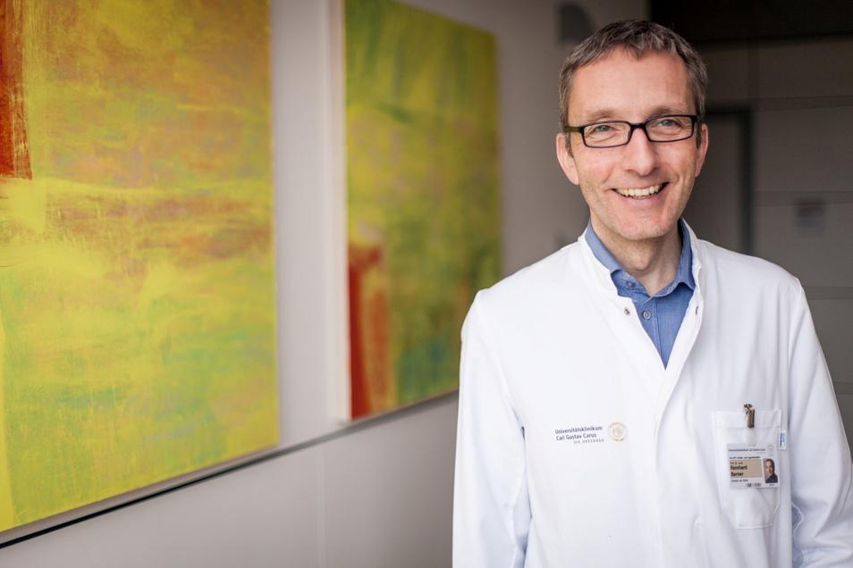 Professor Reinhard Berner leitet die Klinik und Poliklinik für Kinder- und Jugendmedizin des Dresdner Uniklinikums.