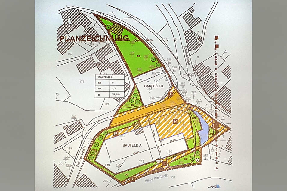 """Zu diesem Vorentwurf des Bebauungsplans """"Stadtmitte"""" Tharandt gingen 18 Einwendungen von Bürgerinnen und Bürgern ein. Der Ortschaftsrat hat inzwischen einen Alternativvorschlag erarbeitet. Am Bild unten befindet sich die Wilde Weißeritz."""