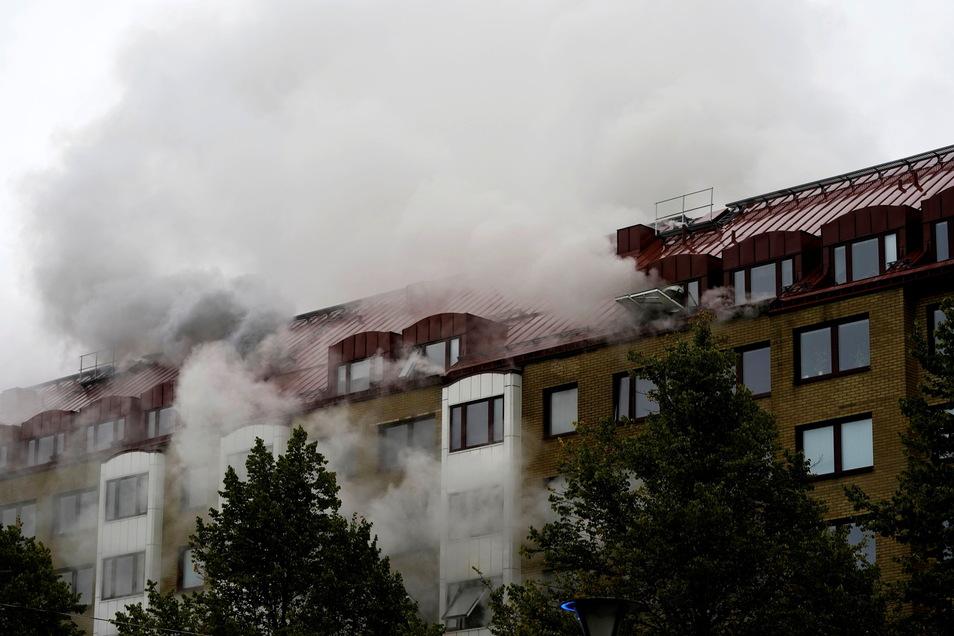 In der schwedischen Großstadt Göteborg hat es eine größere Explosion mit mutmaßlich mehreren Schwerverletzten gegeben.