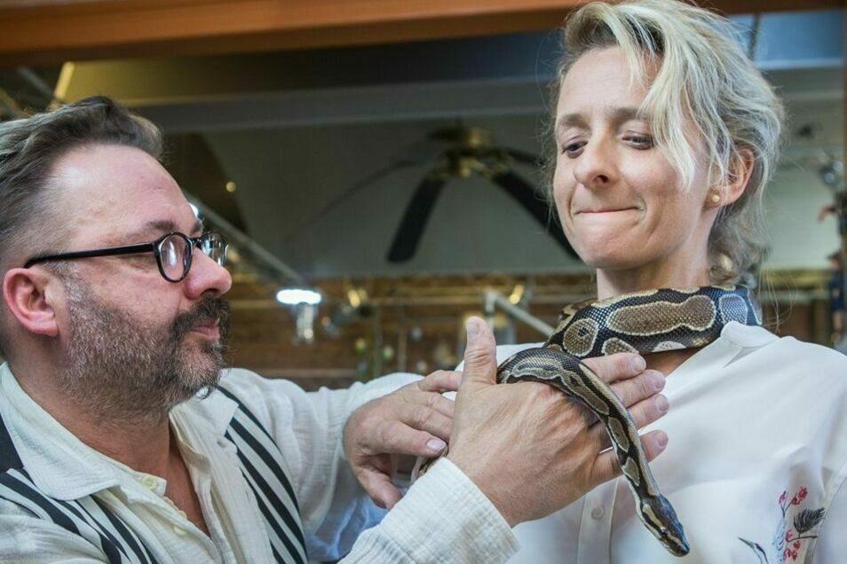 Auch Schlangen hatte Falk Döhler schon in seinem Salon zu Gast.