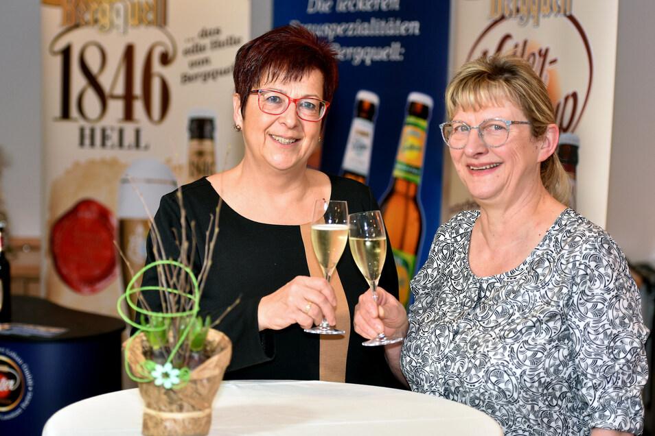 Sie waren die beiden Hauptpersonen des Abends und die Gastgeberinnen: Bürgermeisterin Verena Hergenröder (links) und Gastro-Unternehmerin Karla Weise.