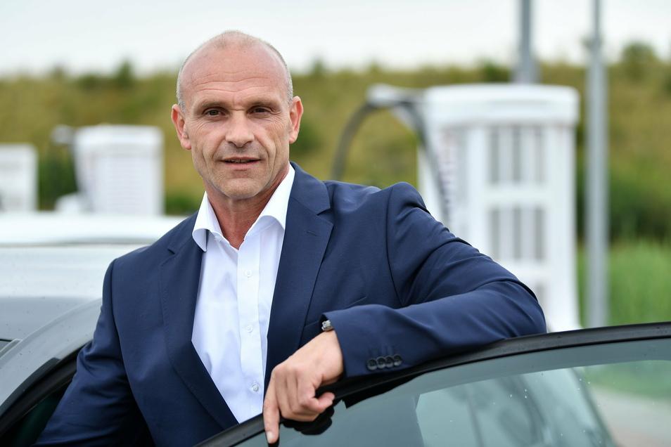 Thomas Ulbrich, VW-Vorstand für E-Mobilität, verlässt den Autobauer.