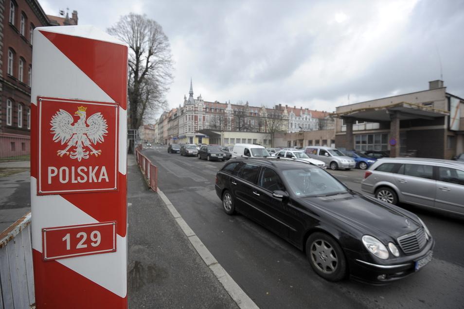 Der kleine Grenzverkehr zwischen Görlitz und Zgorzelec ist wieder erlaubt. Aber es gibt eine Tücke.