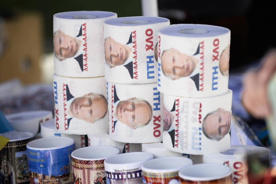 Toilettenpapier mit Putins Gesicht gibt es in Kiew zu kaufen.