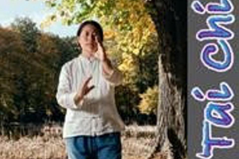 Yang Li gibt in Großenhain auch Tai Chi-Stunden für Senioren und Frauen.