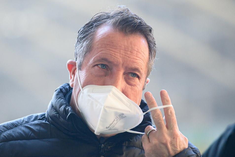 Trotz Maske und Vorsichtsmaßnahmen: Auch Dynamos Cheftrainer hatte sich im Januar mit dem Coronavirus infiziert.