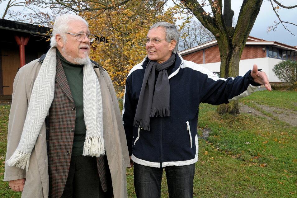 Sogar dem amerikanisch-deutschen Sänger Bill Ramsey konnte Rolf Weidle 2009 das Helenenbad zeigen - Ramsey spielte damals im Theater ein Benefizkonzert zugunsten des Bades.